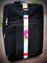 Travel Craft Alert! Homemade luggage strap by i likeorange