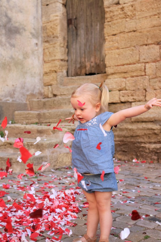 Confetti fun in St. Thibery